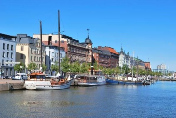 Сентябрь - отличное время для посещения Финляндии, когда нередки теплые ясные дни, а дождей еще не слишком много