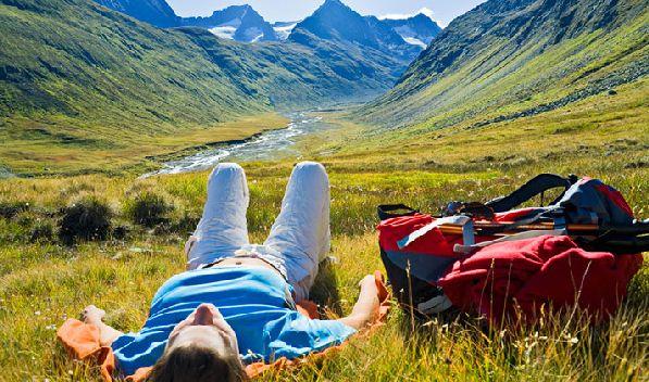 Август - один из самых лучших месяцев для путешествия по стране.