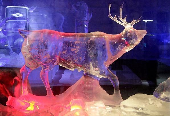 Одна из скульптур в царстве Ледяной Принцессы.