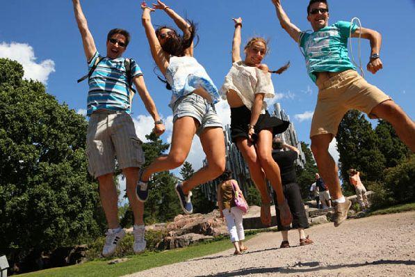 Летом в Финляндии можно спокойно гулять в футболках и шортах.