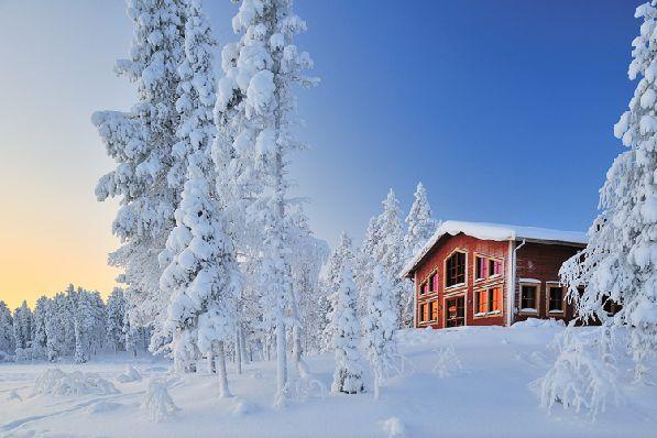 В марте в Финляндии продолжается горнолыжный сезон, на юге столбик термометра медленно ползёт вверх, но погода остаётся ещё довольно холодной.
