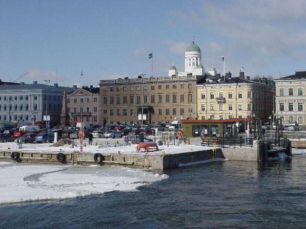 Как видите, в марте в Хельсинки ещё может лежать снег.