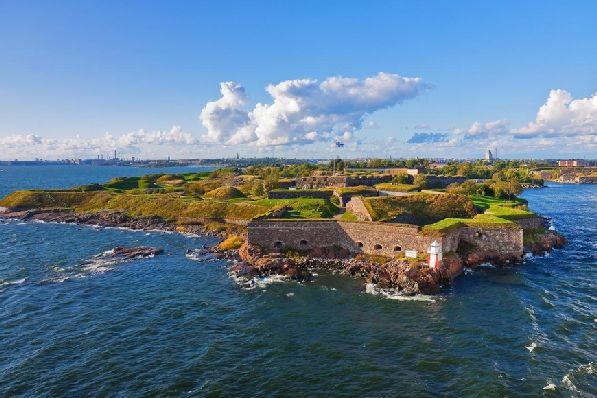 Остров-крепость Суоменлинна в мае просто преображается на глазах.