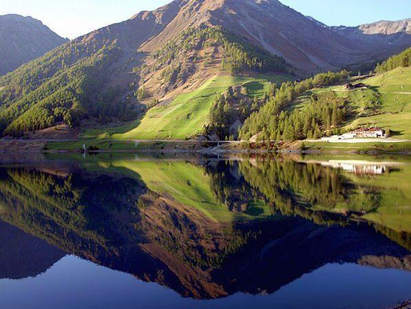 Конец весны, лето и самое начало осени - наиболее оптимальный период для отдыха на лоне природы.