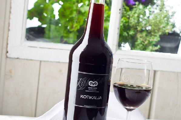 Домашнее финское пиво  ''Kotikalja'' - разновидность кваса, в магазинах продаётся в красивых бутылочках.