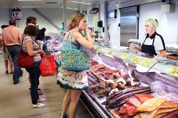 Ассортимент рыбы в финских магазинах просто огромен.